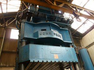 Hydraulic & Mechanical Presses   GM Machinery